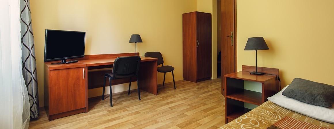 Hotel pracowniczy w Szczecinie. Tani hotel Szczecin. Pokój z łazienką